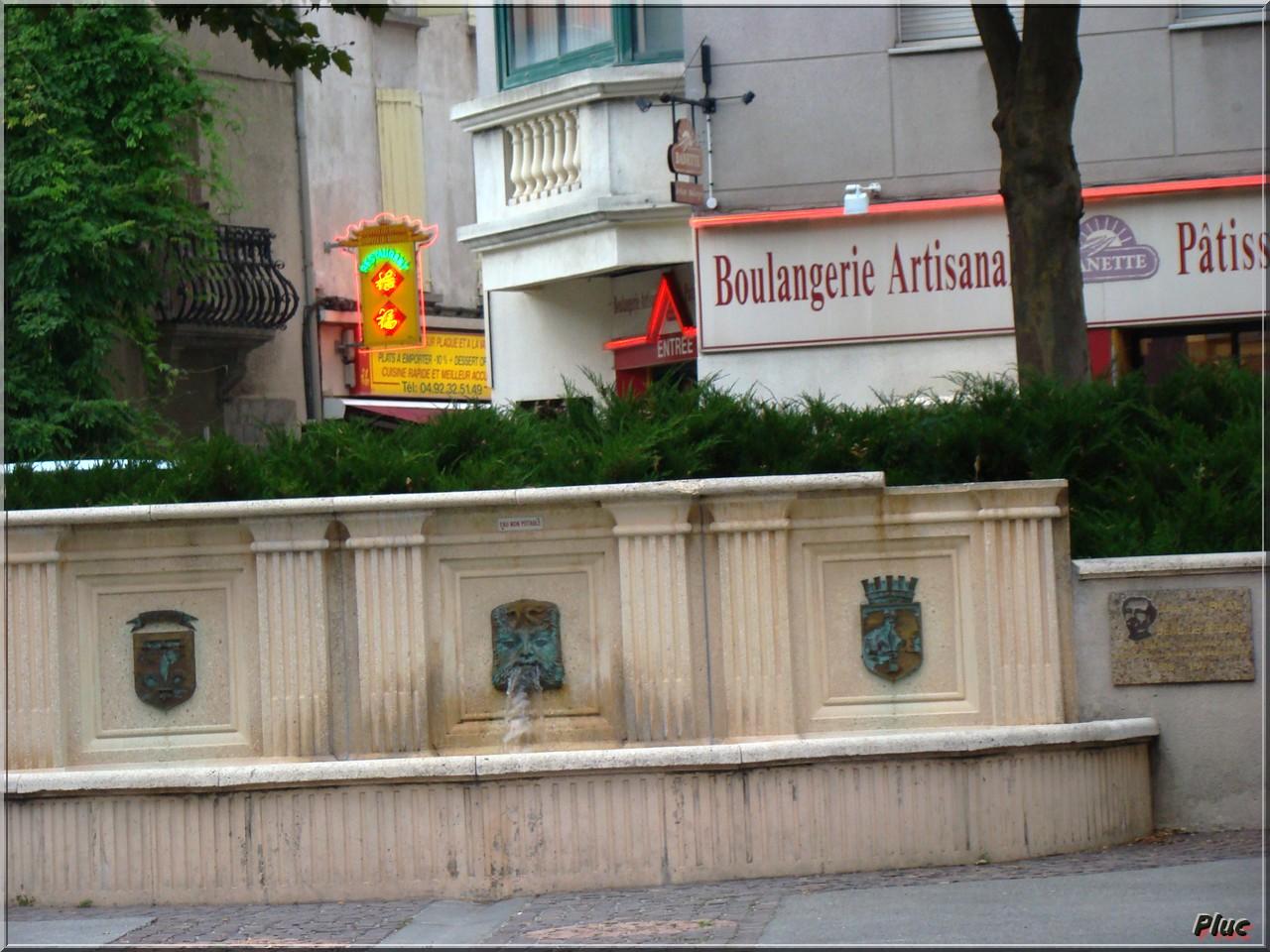 Bancs de dignes les bains alpes de haute provence for Piscine de digne les bains