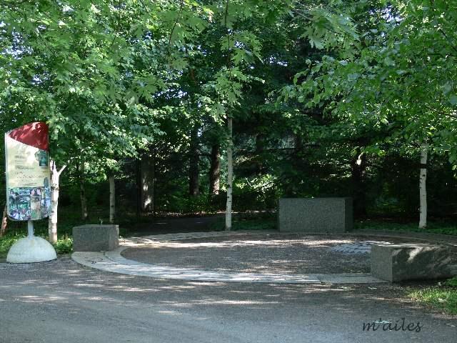 Bancs du jardin botanique de montr al 2007 et 2008 for Boulevard du jardin botanique 32