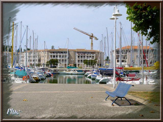 Bancs de rochefort sur mer charente maritime - Port de plaisance de rochefort ...