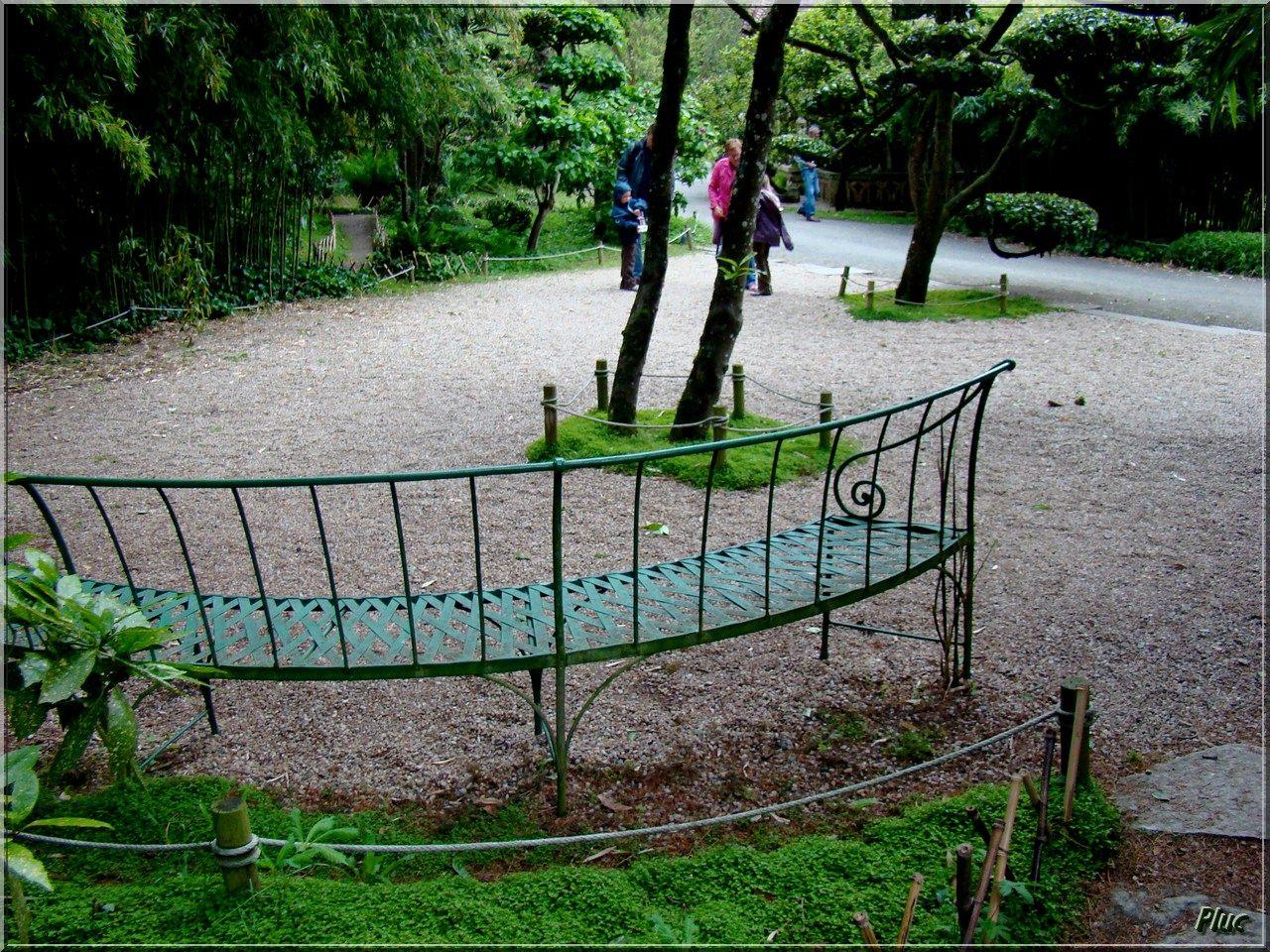 bancs de Maulévrier et de son parc oriental